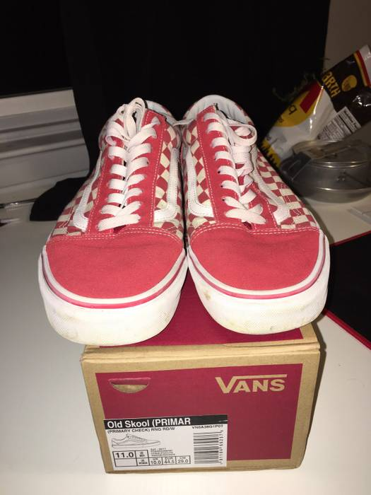 184e7c8c8d8437 Vans Red Checkered Vans Old Skools Size 11 - Low-Top Sneakers for ...