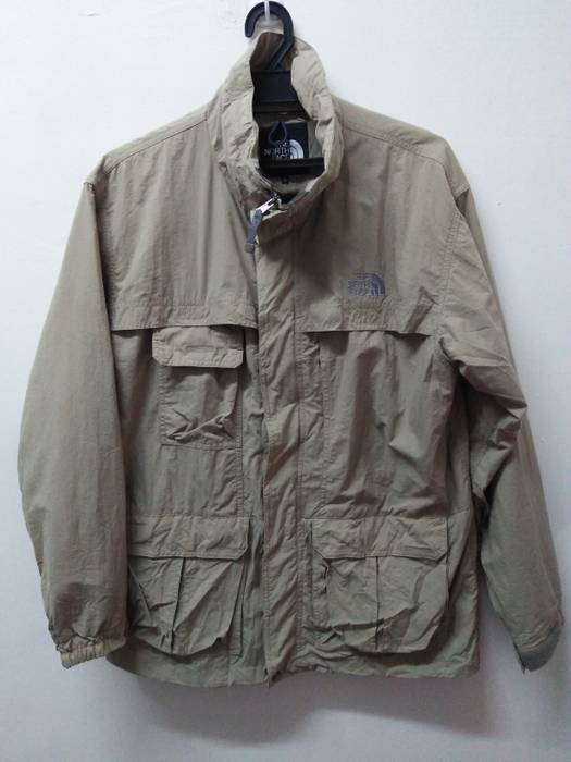 The North Face LAST PRICE THE NORTH FACE LIGHT JACKET EMBROIDED LOGO ... cfc299187