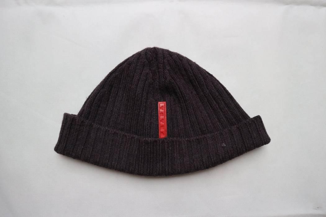 Prada Prada knit logo Beanie made in italy Size one size - Hats for ... aa2e8df716f