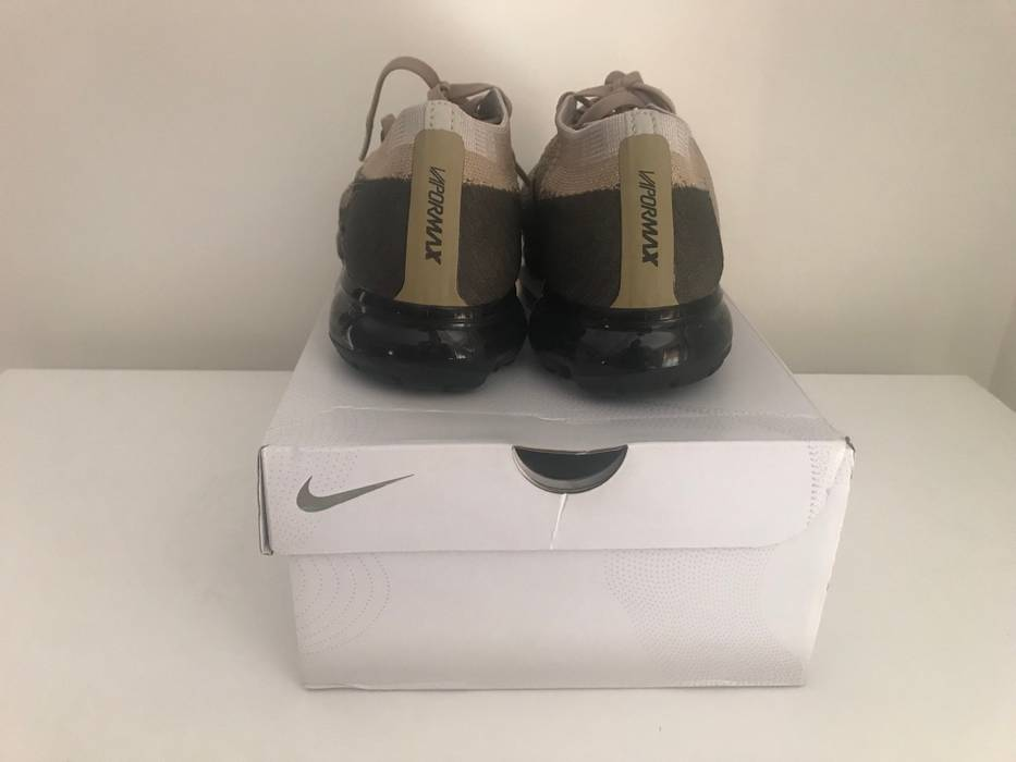 2931ee57be22 Nike Air Vapormax Flyknit Size 7.5 - Low-Top Sneakers for Sale - Grailed