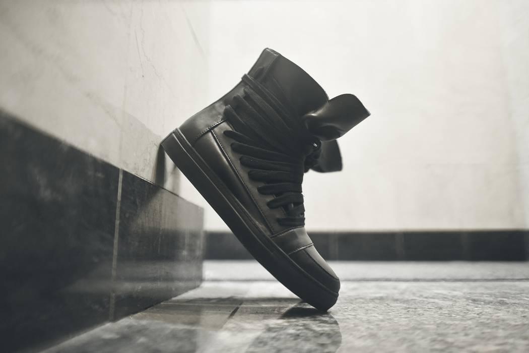 Kris Van Assche Multi Laces Size 10.5 - Hi-Top Sneakers for Sale ... d72ee5f17