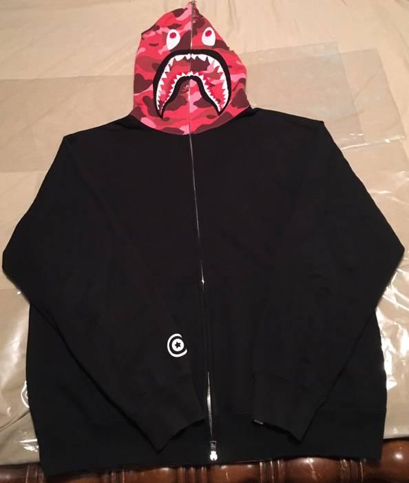 c8f2880120c5 Bape OG Bape Red Camo Shark Hoodie L-XL Size l - Light Jackets for ...