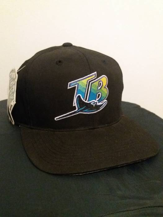 1d1f08851e1 Vintage NWT Vtg Tampa Bay Devil Rays   Budweiser Black Snapback Baseball  Cap Hat OSFA Embroidered