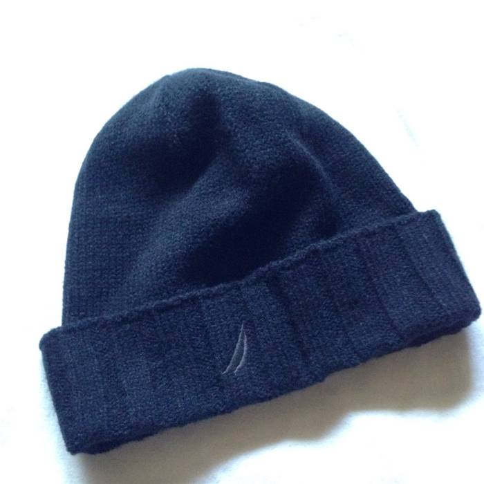 Nautica Beanie Size one size - Hats for Sale - Grailed 33a59911d01