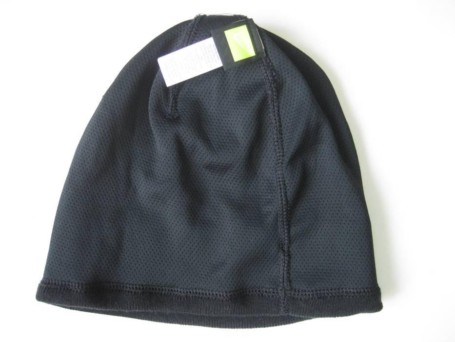 5dd737fed58 Nike Big Swoosh Cuffed Dri-fit Beanie Black 876501 Size one size ...