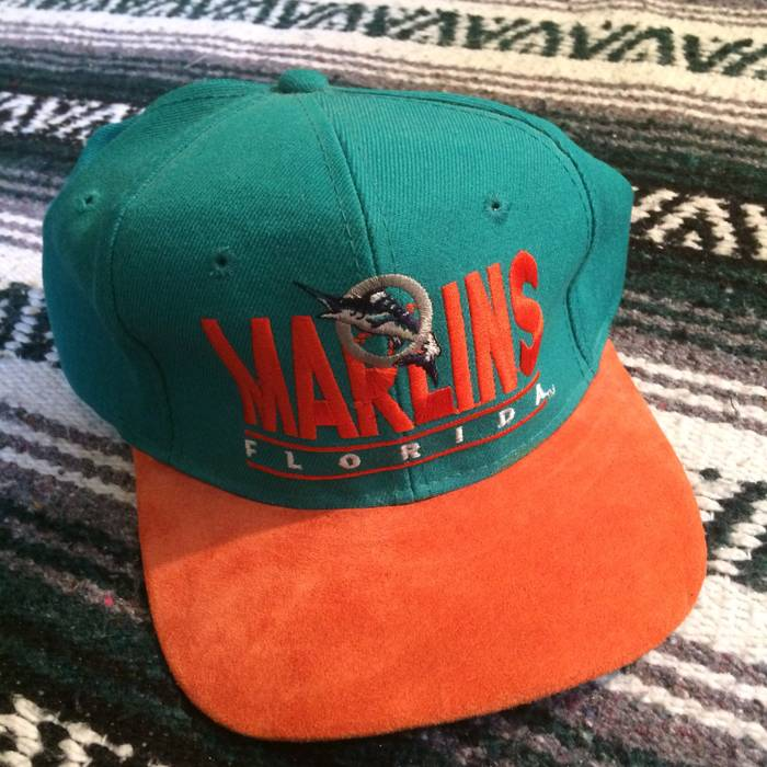 56fef0090889 Vintage Like New Florida Marlins Embroidered Front Spell Out Suede Bill  Snapback Hat Mlb Baseball FL