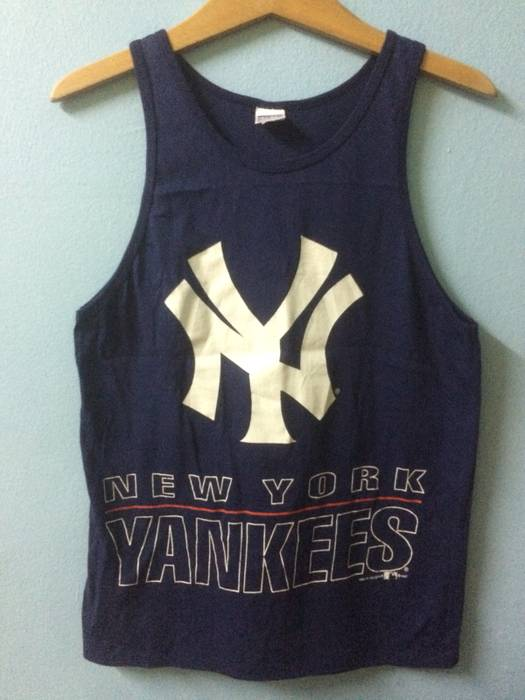 New York Yankees Big Logo New York Yankees Sleevess Shirt Size xs ... c1f506069e4