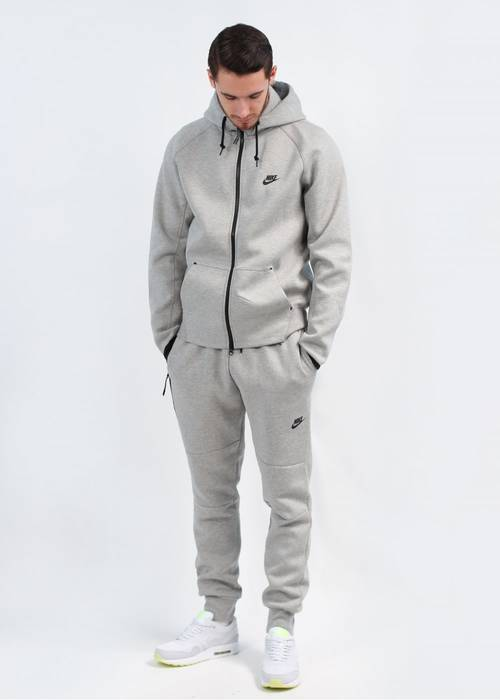 Nike Full Tech Fleece Tracksuit Size m - Sweaters   Knitwear for ... a21038b877d0