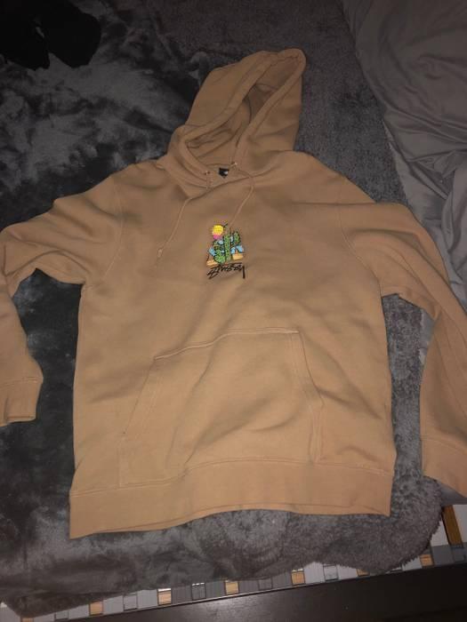 H M Stussy Cactus Sweatshirt Size l - Sweatshirts   Hoodies for Sale ... 1e2f83438