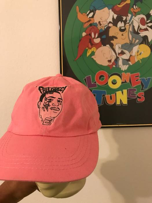 Kyc Vintage Free Gucci Dad Hat Size one size - Hats for Sale - Grailed b5c95679662
