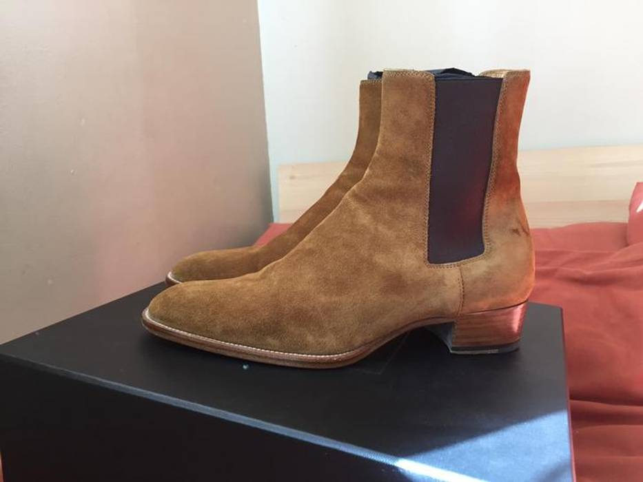 Saint Laurent Paris Tan Suede Wyatt 40mm Chelsea Boots Size US 7.5   EU 40- c612128a2