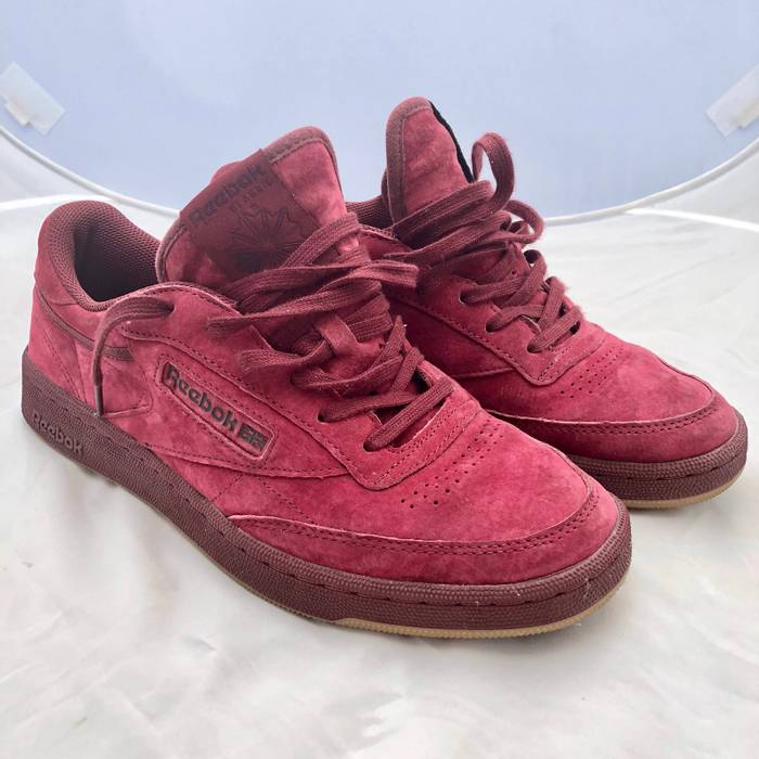 a4dfff5b5aa5c2 Reebok Reebok Classic Club C 85 G Red Suede Size 9 - Low-Top ...