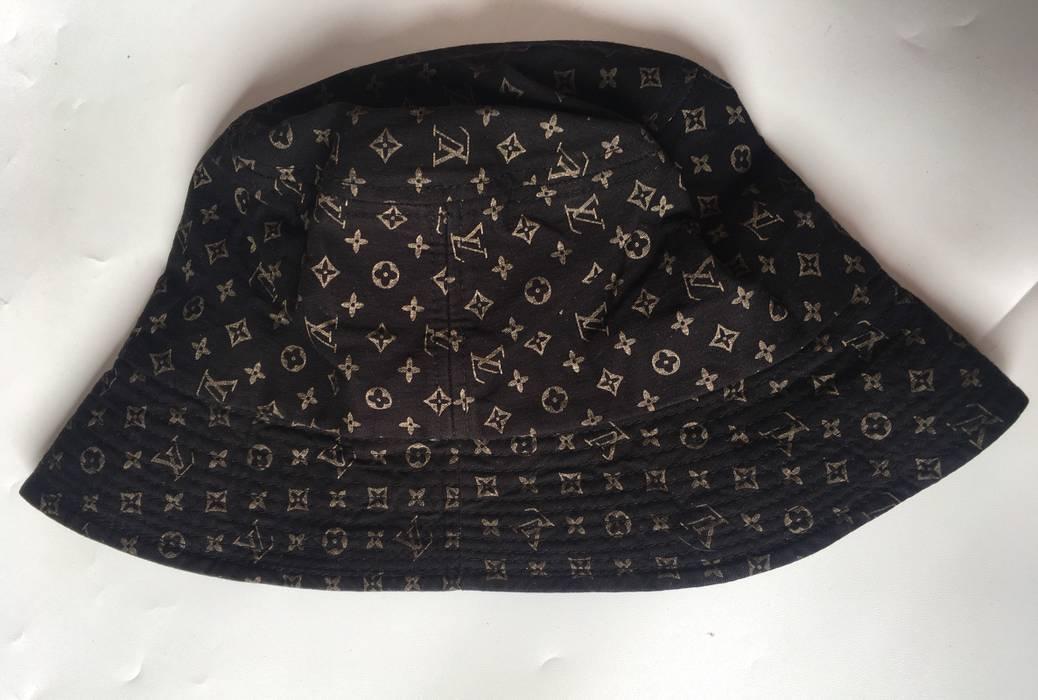 Louis Vuitton Vintage Louis Vuitton Bucket Hat Monogram Made In ... a588e2c729c