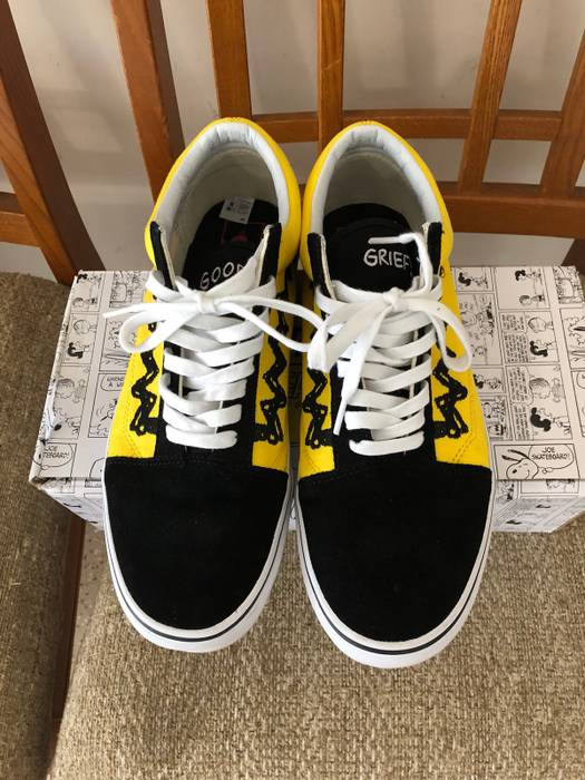 8573a961966 Vans Vans X Peanuts Old Skool  Charlie Brown  Size 10 - Low-Top ...