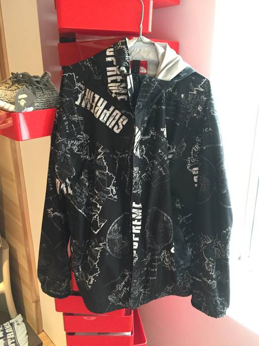 Supreme Supreme X The North Face Venture Jacket Black Ss12 Size Xl
