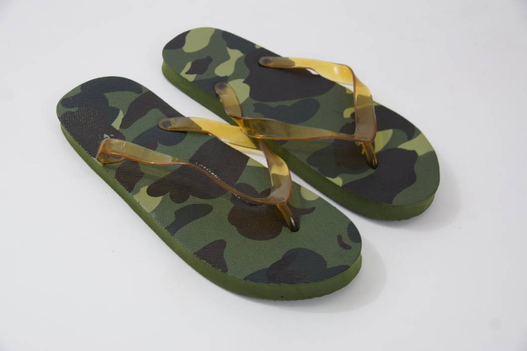 cbd8777b4b2 Bape Camo Flip Flops Size 8 - Sandals for Sale - Grailed