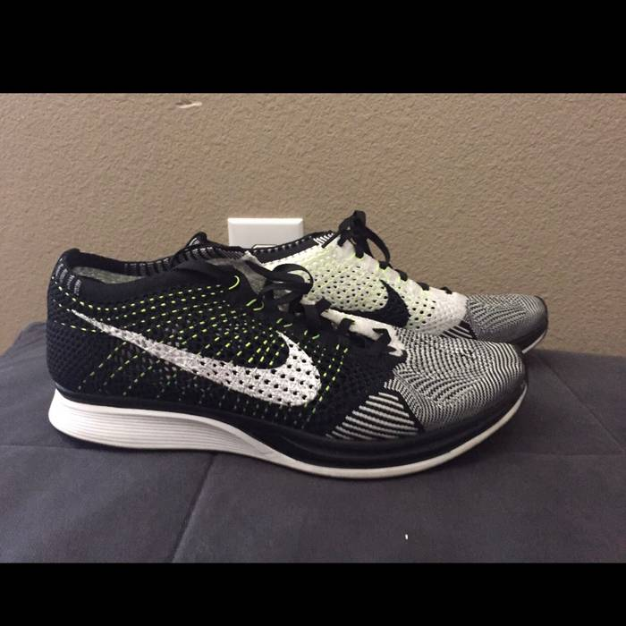 955b8f65f380 Nike Flyknit Racer Size 9.5 - Low-Top Sneakers for Sale - Grailed