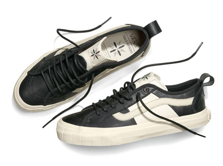 Vans Taka Hayashi x Vans Vault Court Lo LX Black Marshmallow White RARE  LIMITED Size US 4f71af4256