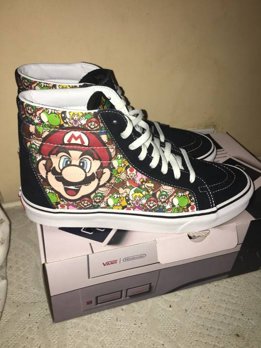 87f969aa680 Vans Vans Old Skool Nintendo Size 10.5 - Hi-Top Sneakers for Sale ...