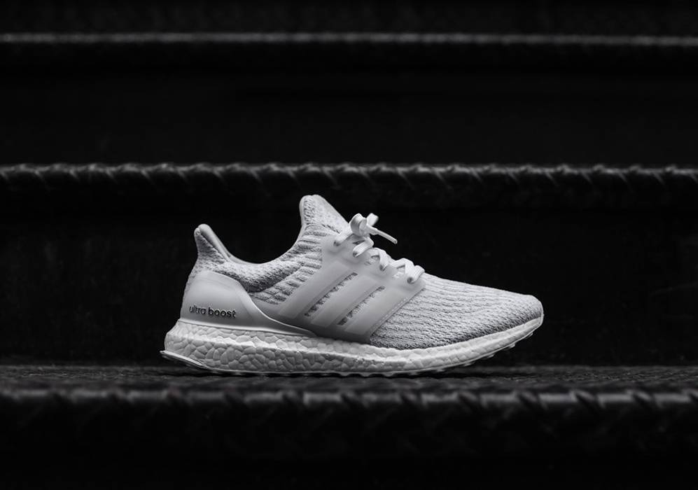 1ce69bb305a4 Adidas Adidas Ultra Boost 3.0 Triple White V3 UB Size 10 - Low-Top ...