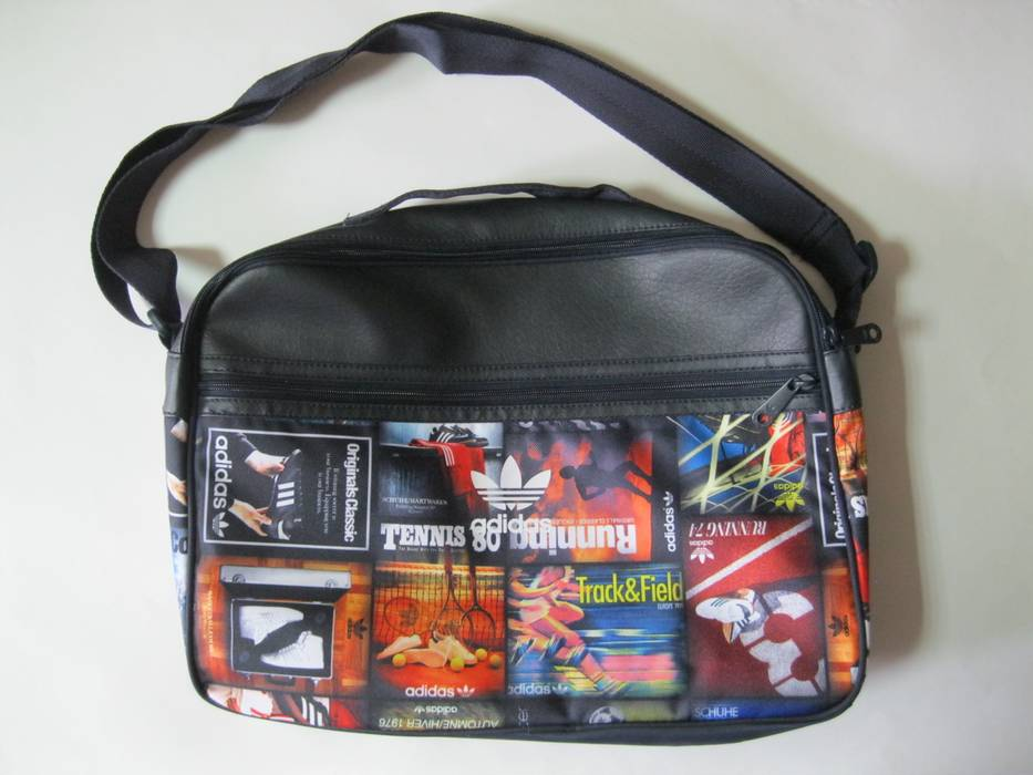 f6db653b3f724 Adidas Originals Back To School Airliner Shoulder Bag Messenger Blue AY7780  Size ONE SIZE