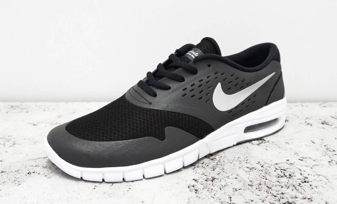 5e3bd758572 Nike SB Eric Koston 2 Max Black Size 9 - Low-Top Sneakers for Sale ...