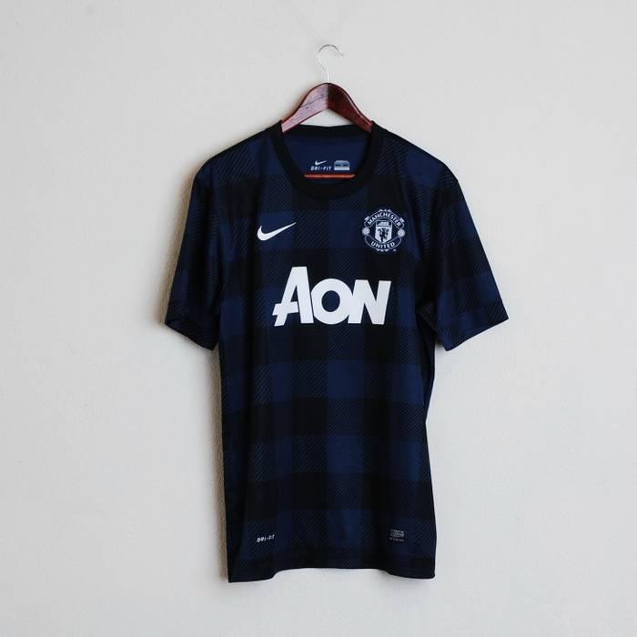 5904e691a Nike New Nike Manchester United Mans L AON Football Shirt Short ...