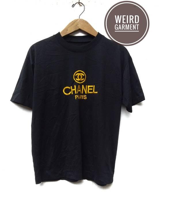 dc3708689d13 Vintage Vintage Chanel Paris Big Embroidery Spellout Tee's Size US M / EU  48-50