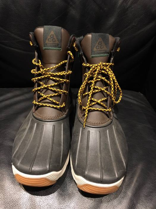Nike ACG Nike ACG Duck Boot Size 12 - Boots for Sale - Grailed 70fc8d4402e1
