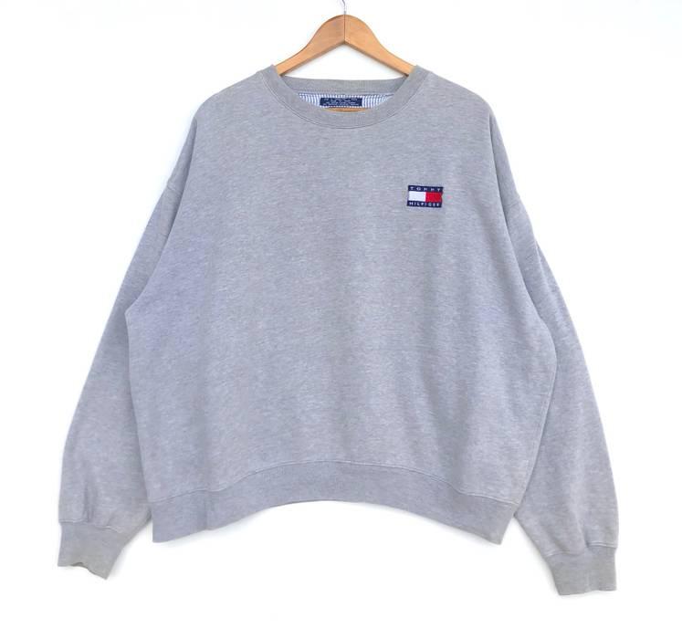 aba51736 Tommy Hilfiger Vintage Tommy Hilfiger Sweatshirt Flag Logo Grey ...
