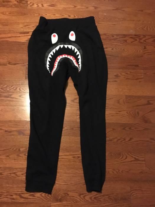 Bape Bape Black Shark Sweatpants Size 30 - Sweatpants   Joggers for ... 2970594cb