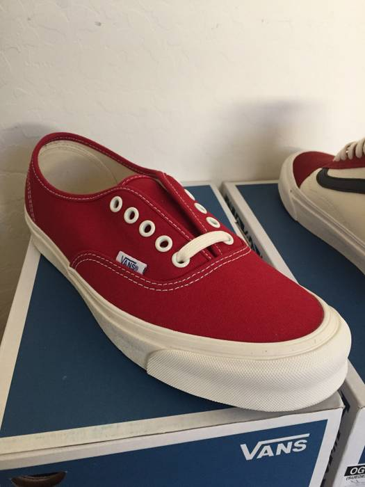 7fa51e829bc2 Vans Vans OG Authentic LX Chili Pepper Red Size 8.5 - Low-Top ...