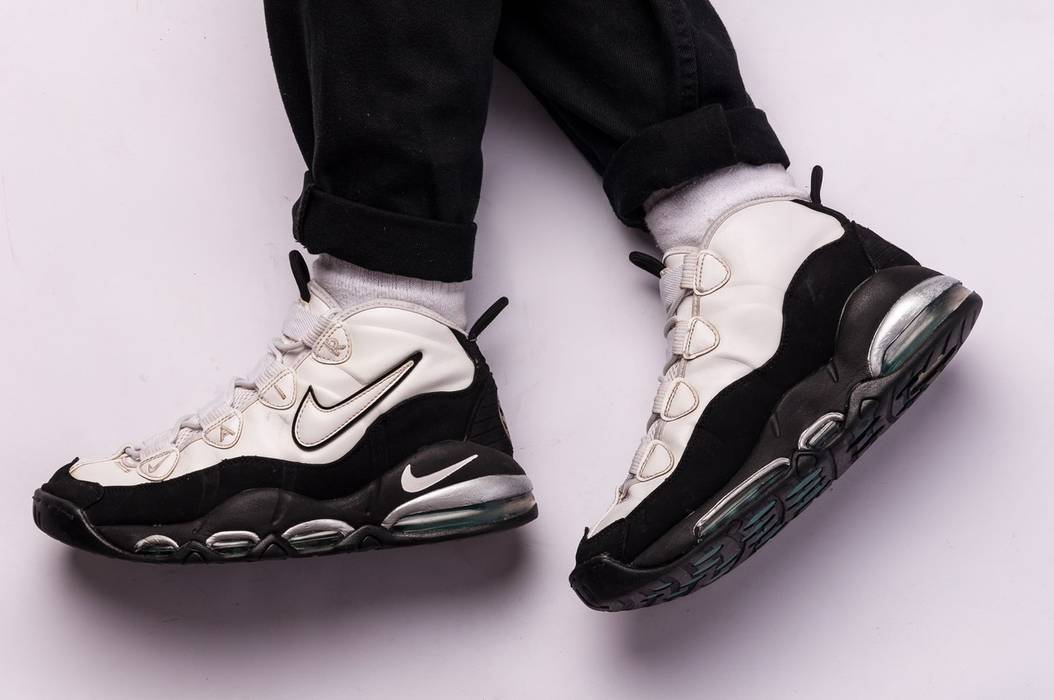 1493f3728b Nike Nike Air Max Uptempo 95 Size 8 - Hi-Top Sneakers for Sale - Grailed