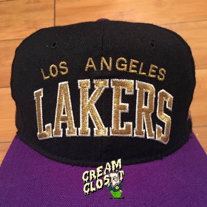 Starter VINTAGE STARTER LOS ANGELES LAKERS LOGO ARC SNAPBACK HAT CAP ... 6b282e21908