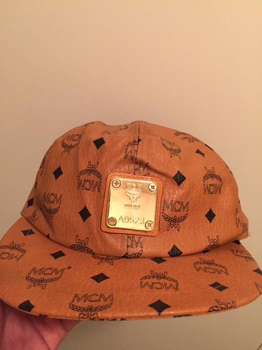 MCM MCM vintage snapback Size one size - Hats for Sale - Grailed b7a4d515fb76