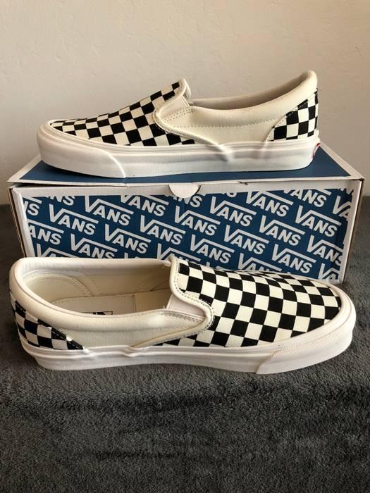 Vans VANS VAULT OG CLASSIC SLIP ON LX CHECKERBOARD (BLACK WHITE ... f40a2c31e