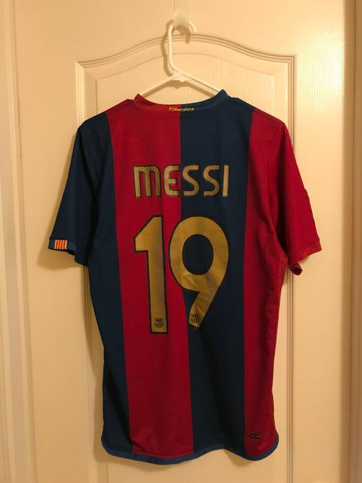 fa2665dddcf Nike Vintage Lionel Messi  19 Barcelona Soccer Jersey Size m ...