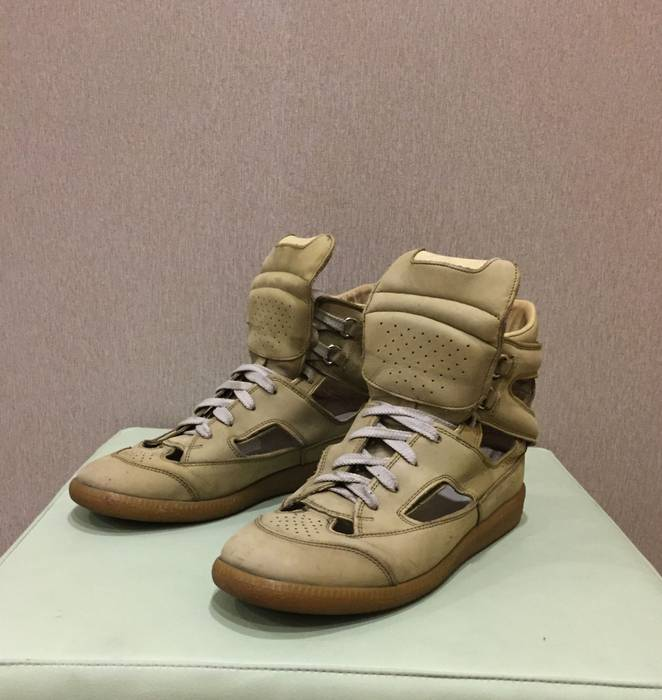 51a63b71a042c Maison Margiela ARCHIVAL LEATHER HI-TOPS Size 6 - Casual Leather ...