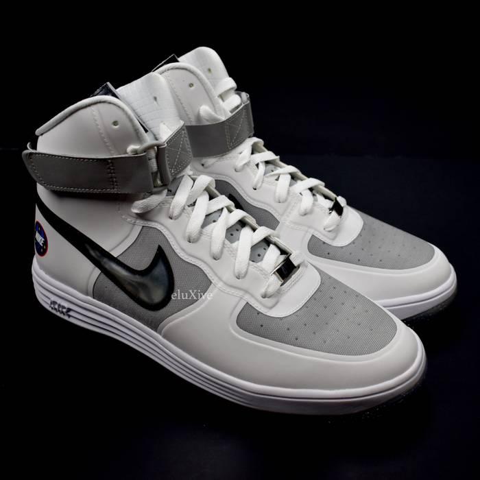 new product ee08b 51c7f Nike. Lunar Force 1 Hi WOW QS DS