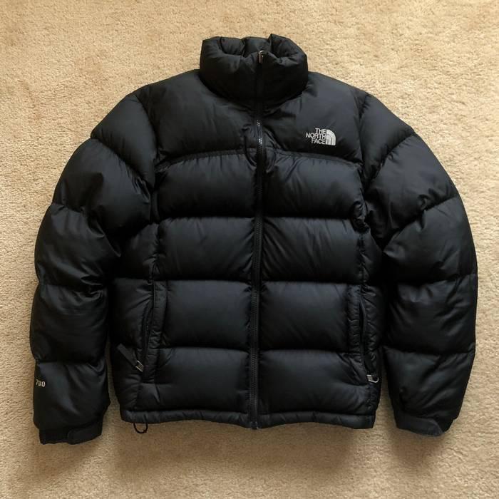 The North Face 700 Fill Nuptse Down Jacket Size m - Heavy Coats for ... c0879aeb3dea