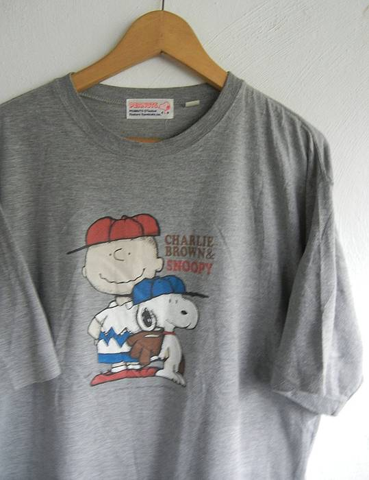 Vintage 90s Snoopy Charlie Brown Baseball Ready Play Silver T Shirt Large  Size US L /