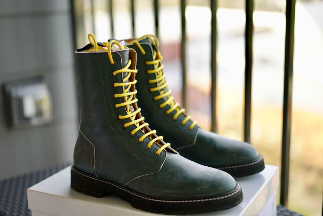 49fafaa0e17 Maison Margiela FW17 Distressed Green Combat Boot Size 9 - Boots for ...
