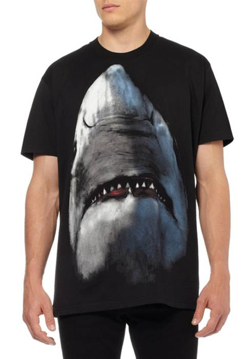 Givenchy SHARK PRINT T-SHIRT Size m - Short Sleeve T-Shirts for Sale ... 312bcc4ad2