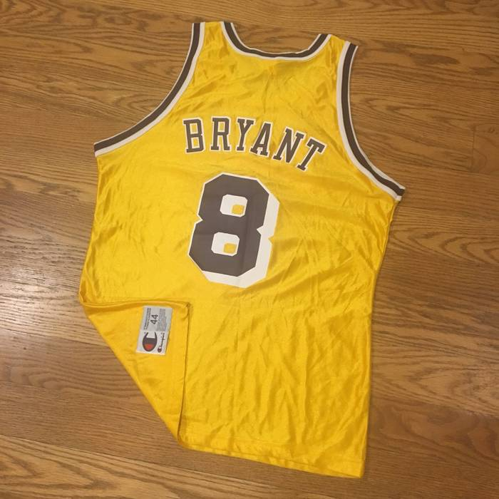 fc8a328b91d5d Vintage Vintage Champion Los Angeles Lakers Kobe Jersey Size 44 Metallic  Gold Size US S