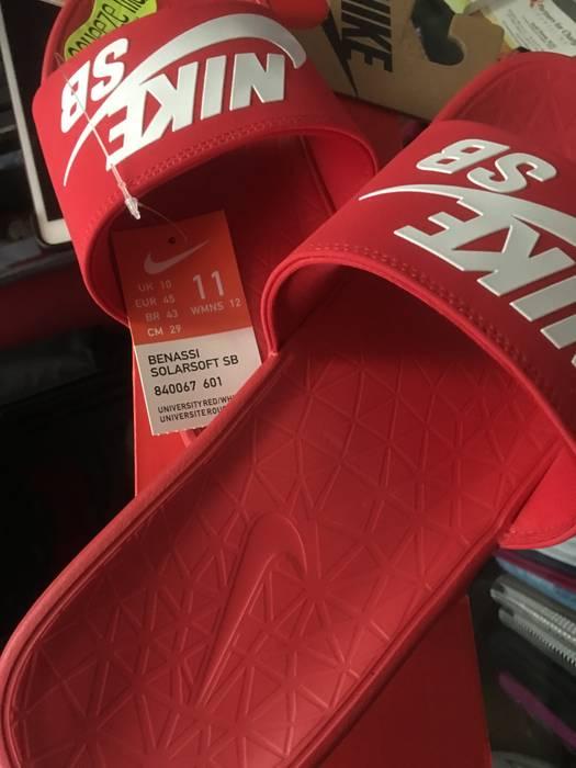 c17774c8e052 Nike Nike Benassi Solarsoft SB Slides Size 11 - Sandals for Sale ...