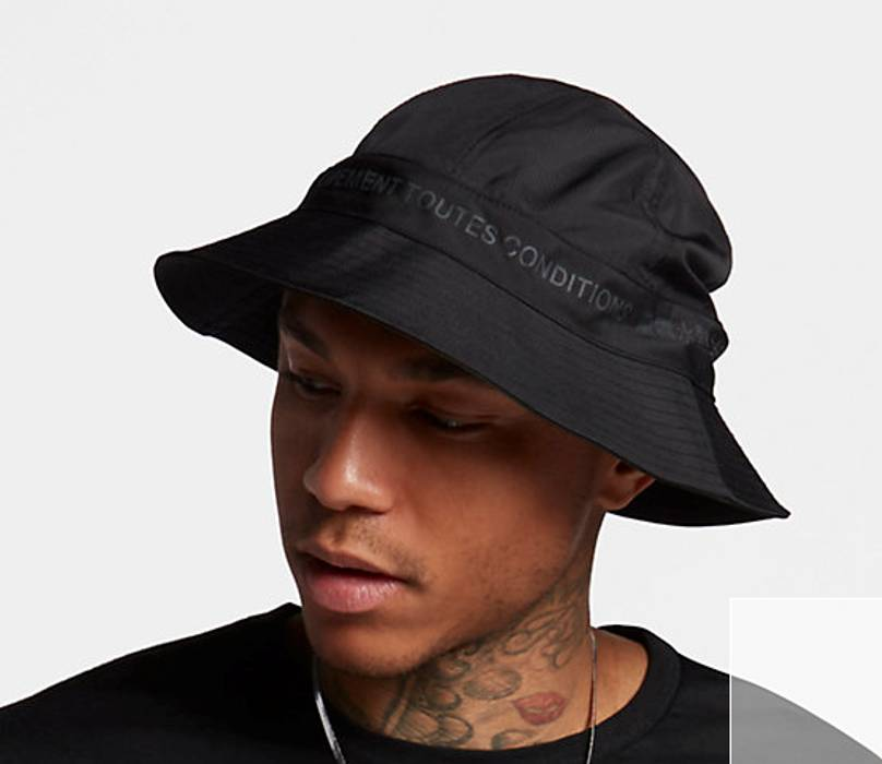 Nike ACG NIKELAB ACG Bucket Hat Size one size - Hats for Sale - Grailed 246f3dce326