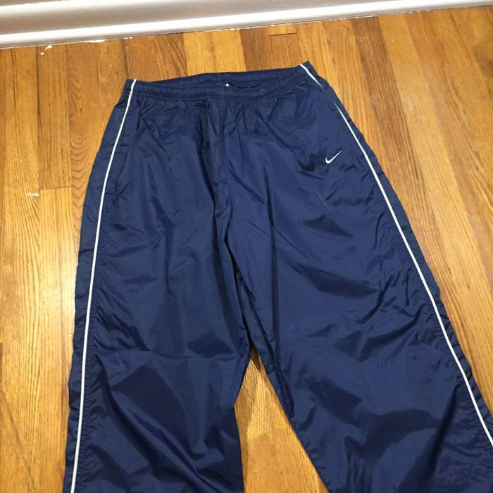 356bf7ffb261 Nike Vintage 90s Navy Track Pants Size 34 - Sweatpants   Joggers for ...