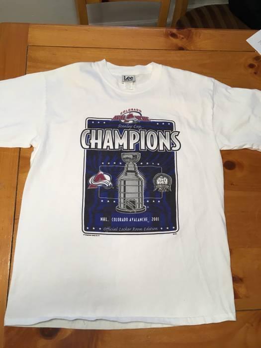 Lee. Vintage Colorado Avalanche Stanley Cup Champions T Shirt. Size  US L  ... 921c3c137