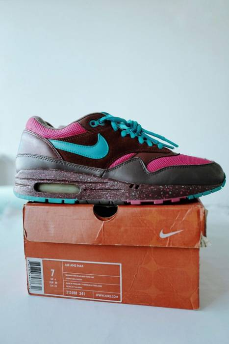 Nike Air Max 1 Amsterdam Size 7 - Low-Top Sneakers for Sale - Grailed 972905b49