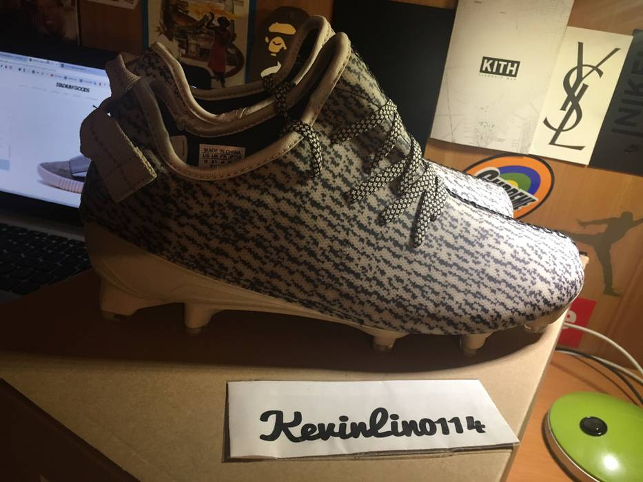 f19ffb06dae3c Adidas Yeezy 350 Cleat Size 10 - Low-Top Sneakers for Sale - Grailed
